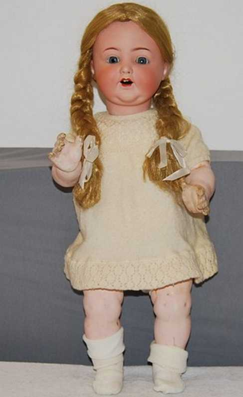 Marseille Armand 996 A13M Porcelain head doll