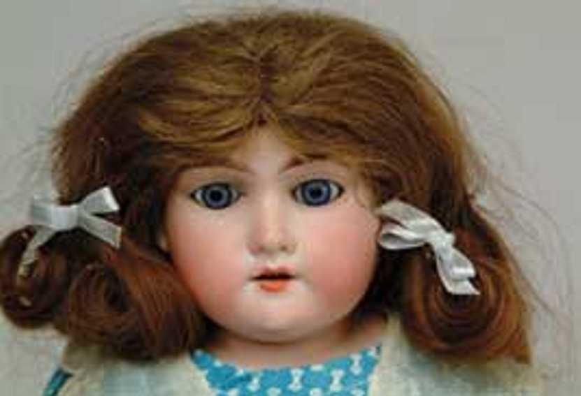 Marseille Armand Floradora A-0 1/2-M Doll