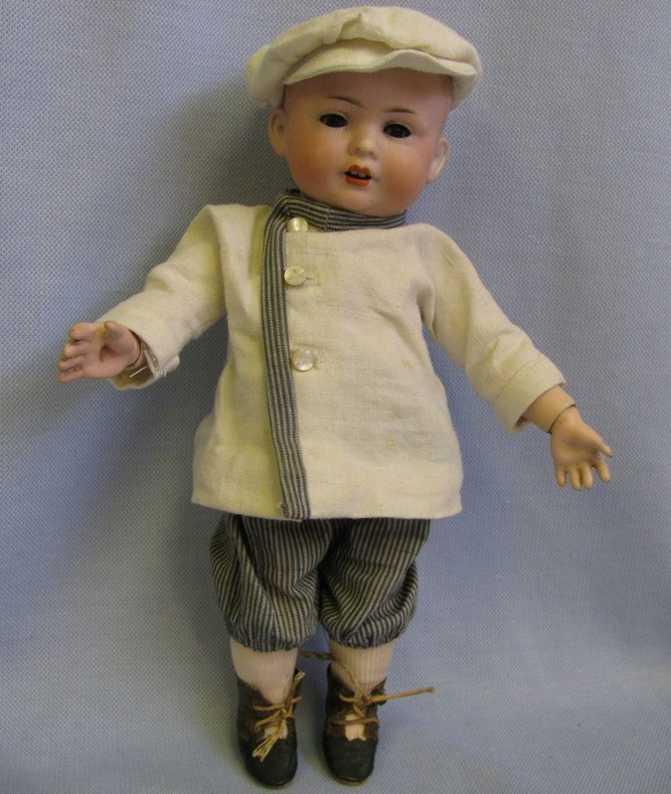 Bahr & Proeschild 582 0 Toddler character boy
