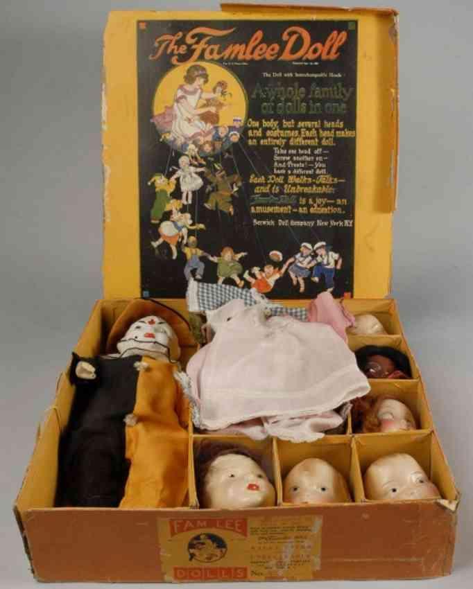 Berwick Doll Co The Famlee Doll Set
