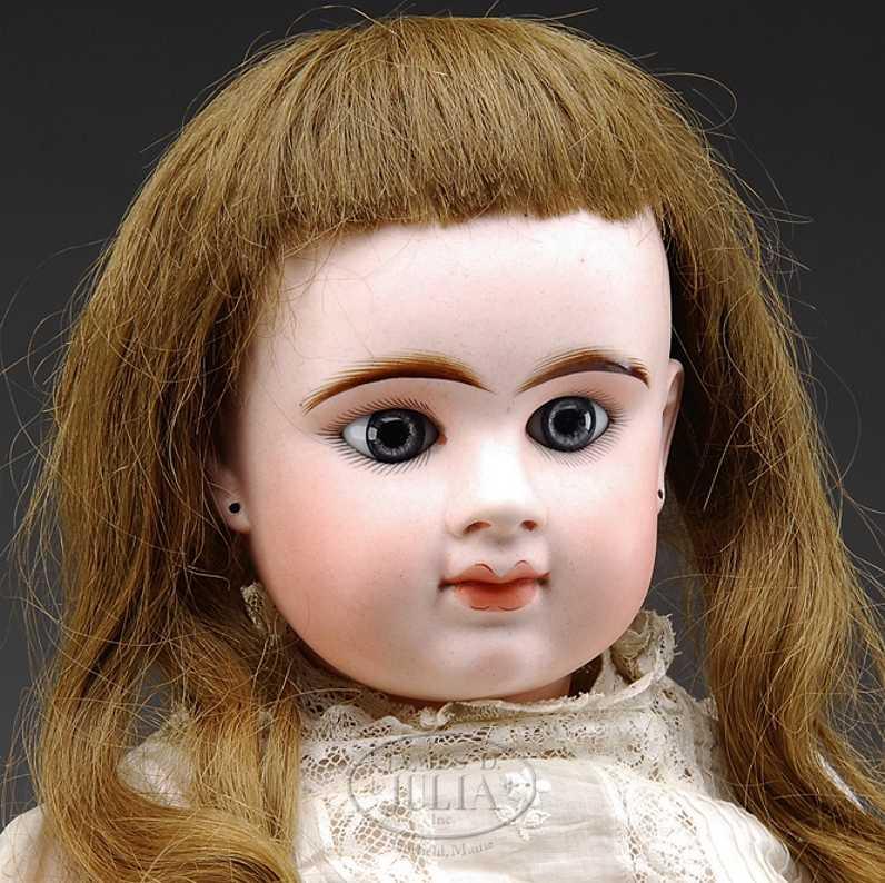 denamur etienne eod e11d  closed mouth french bebe doll