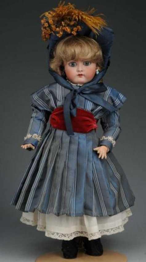 Handwerck Heinrich 79 Bisque head child doll