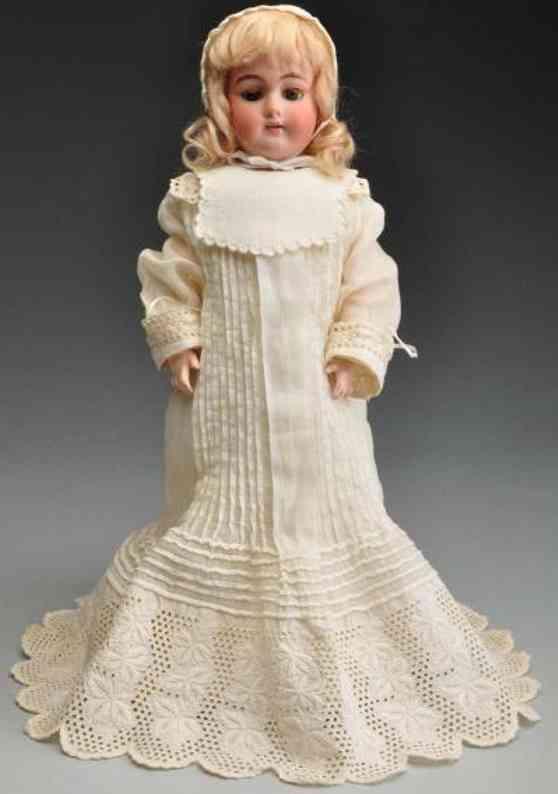 Handwerck Heinrich 79 5n Bisque socket head child doll