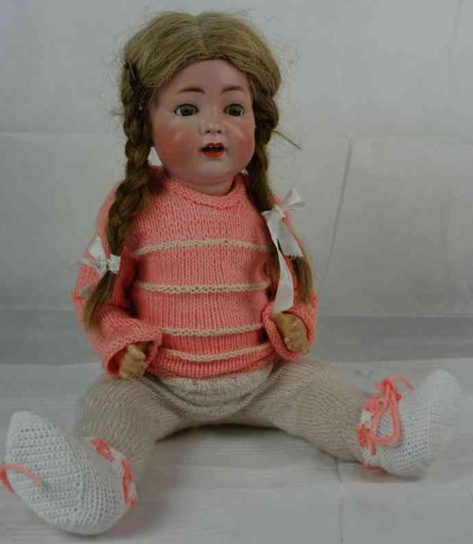 Hertel Schwab & C0. 98 12 Porcelain head doll