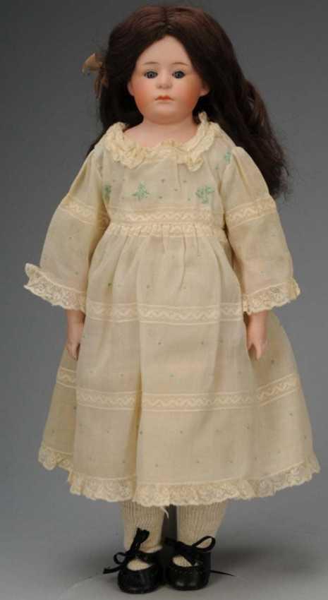 Heubach Gebr. 7345 Bisque shoulder head doll