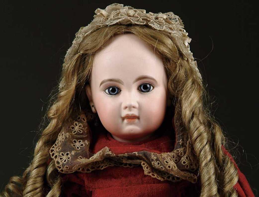 Jumeau 10 56 Puppen Mädchenpuppe