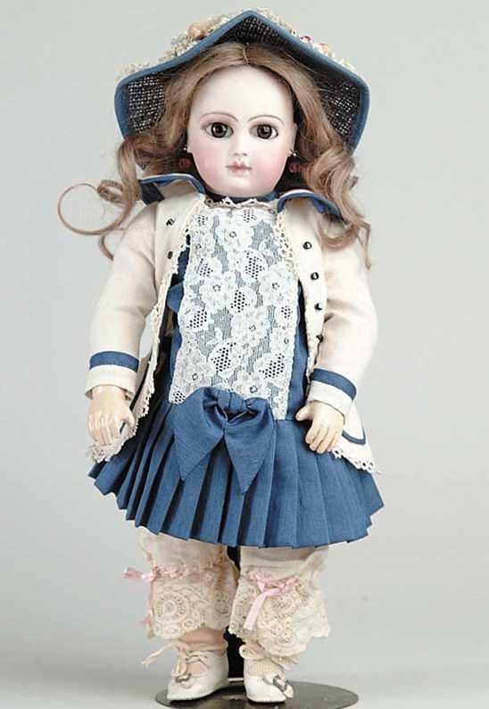 2/0 Puppe aus der ersten Jumeau Serie