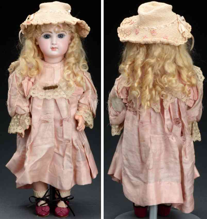 jumeau bebe doll attractive closed mouth doll