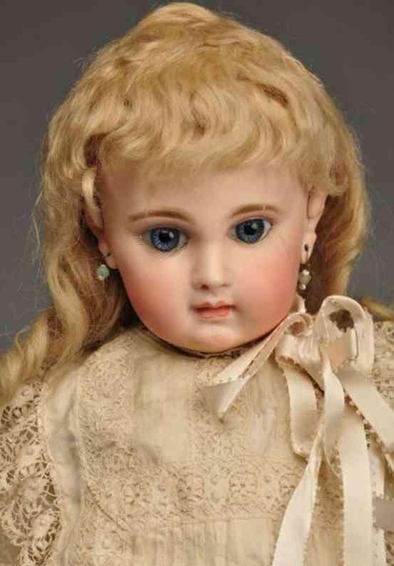 Jumeau EJ 8 bisque socket head bébé doll