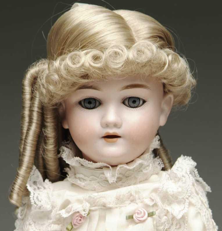 Kley & Hahn 250 2 1/4 Puppe