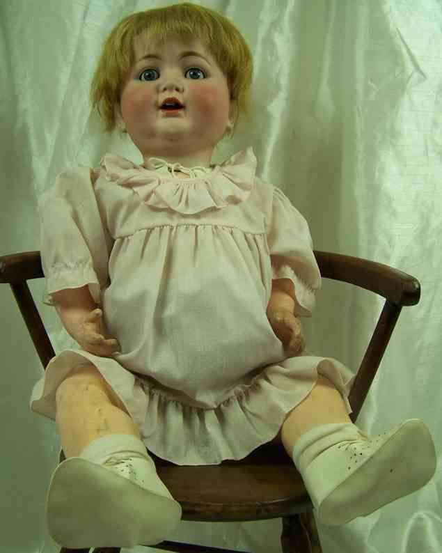 Kley & Hahn 680/63 Porcelain head doll