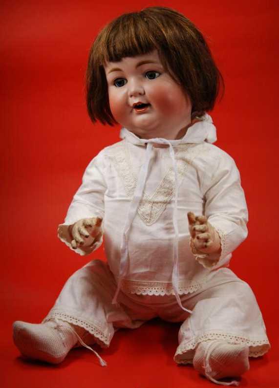 Kley & Hahn 680/70 Porcelain head doll
