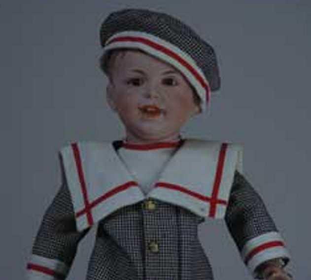 SFBJ 235 Charakter Puppenjunge