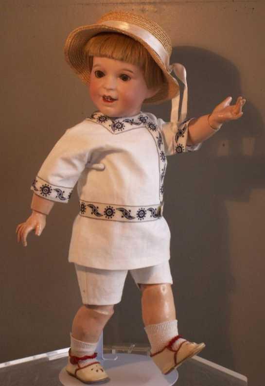 SFBJ 236 Puppe Charakterjunge