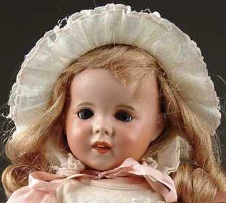 SFBJ 247 Puppe