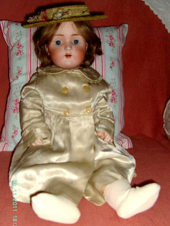 schmidt bruno bsw porcelain socket head doll