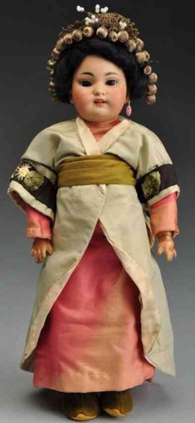 Simon & Halbig 1129 Gelb getönte  orientalische Porzellankurbelkopfpuppe