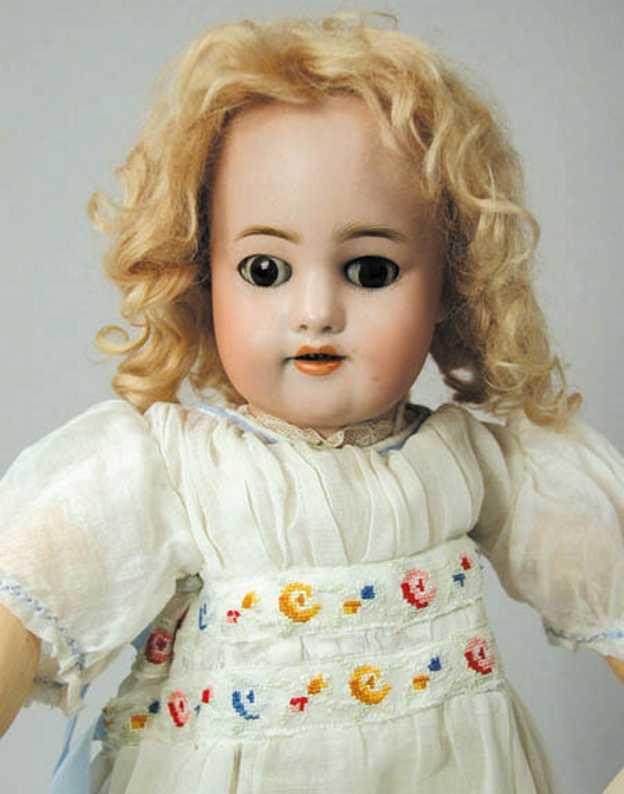 simon & halbig 570 bisque socket head doll