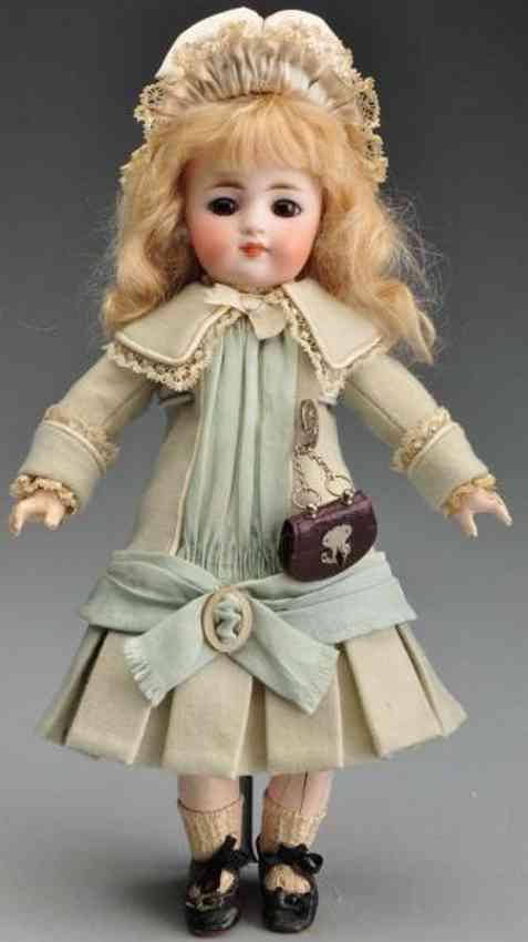 Simon & Halbig 908 bisque socket head child doll