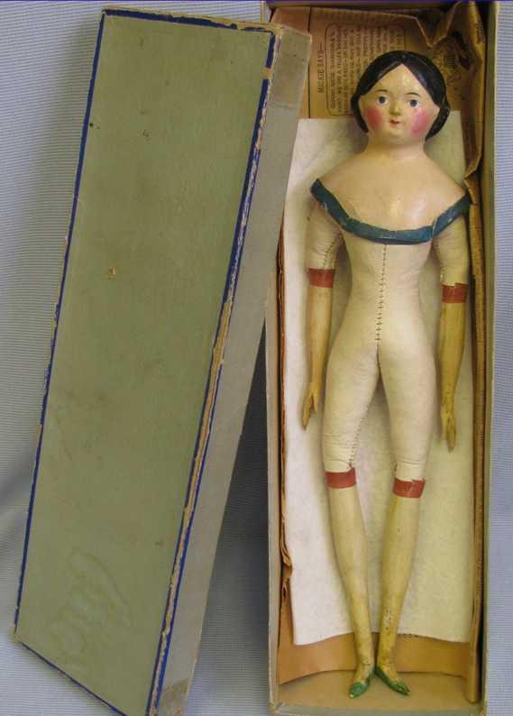 Puppe Hutmacherin aus Pappmache