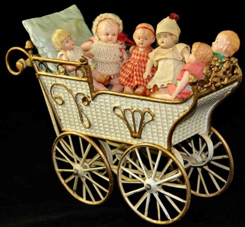 Märklin Puppenwagen Betten