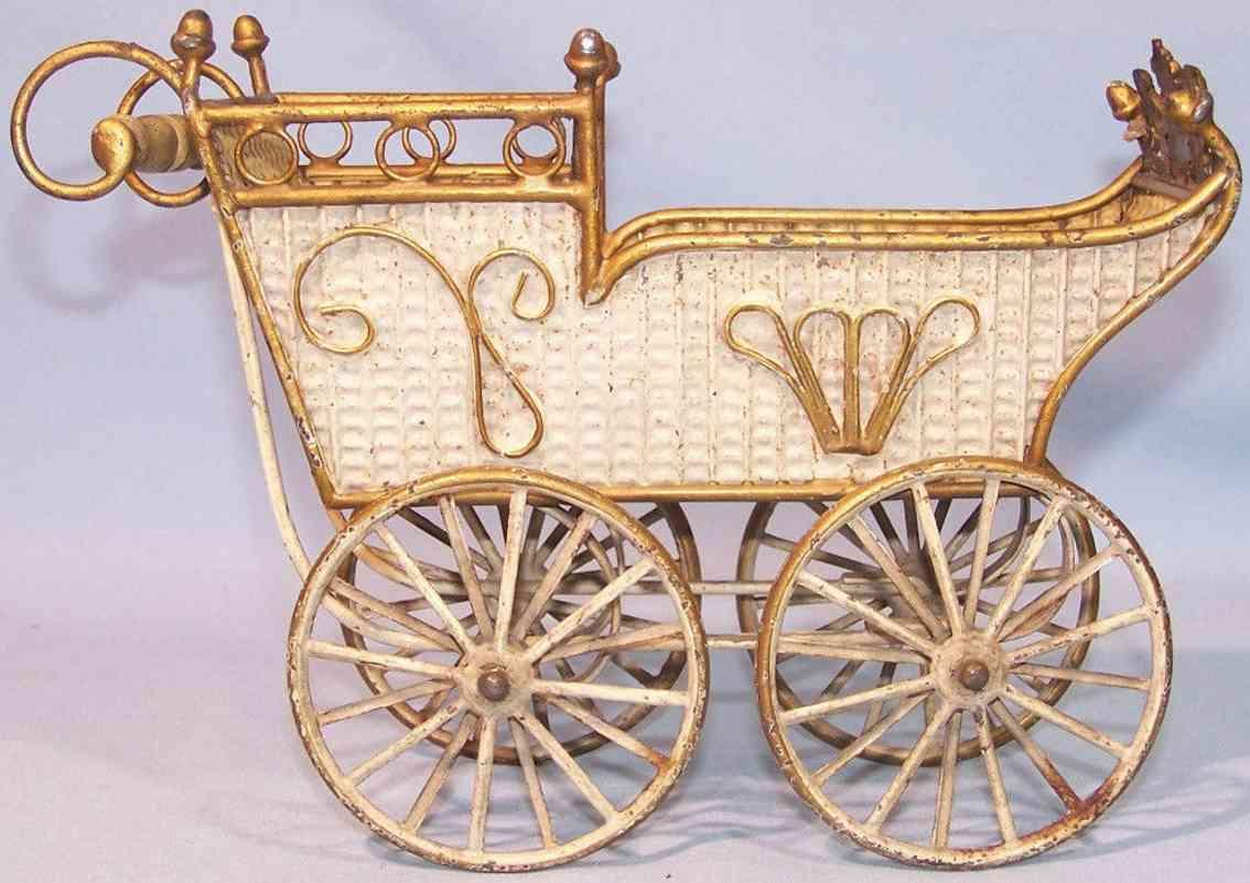 maerklin puppenwagen beige gold