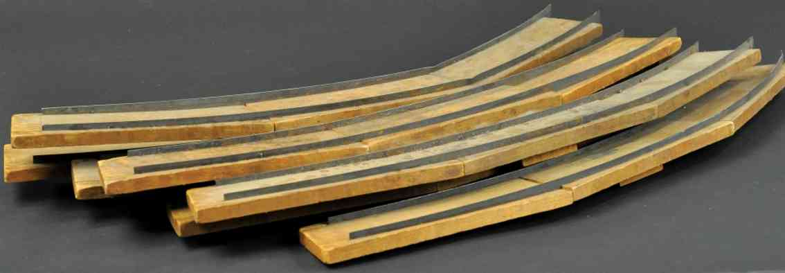 beggs eugene railway toy three-section wooden tie with metal track