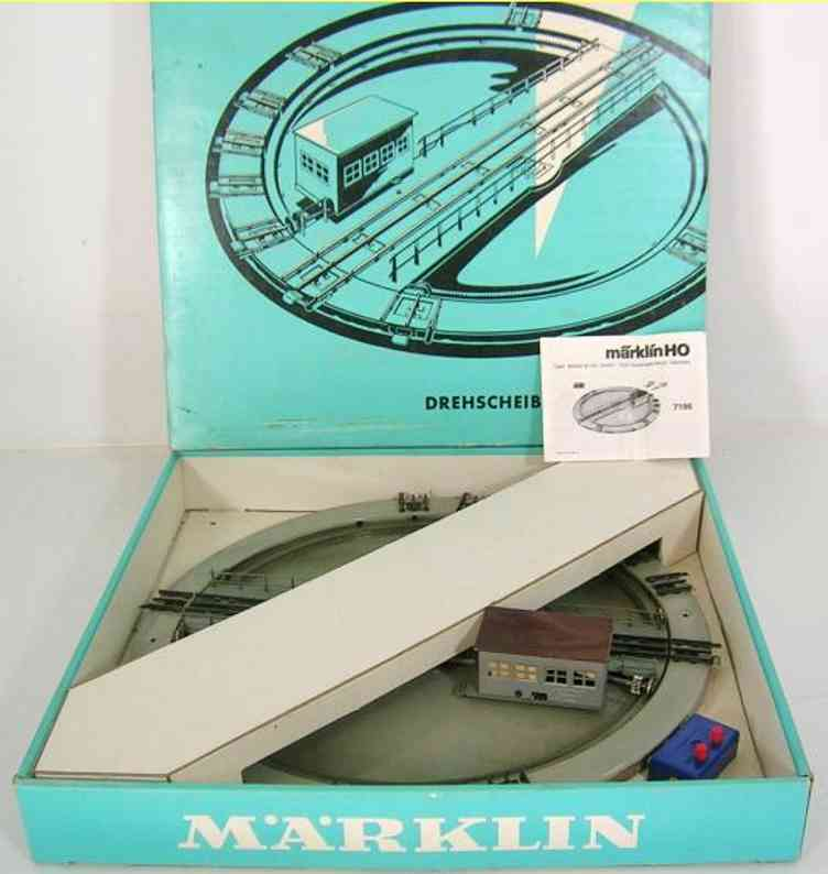 marklin maerklin 7186-1 railway toy rail power turntable in grey-beige with 10 sidings, gray engine house w