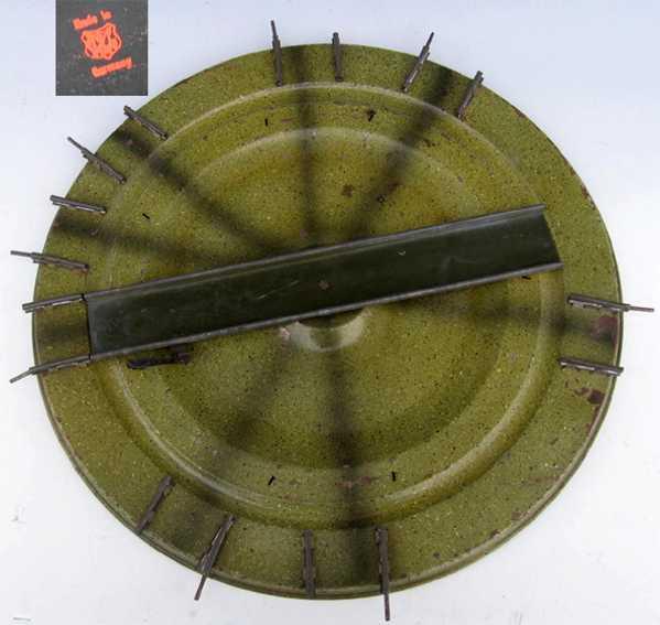 maerklin spielzeug eisenbahn schiene strom drehscheibe, gemarkt mit märklinzeichen auf dem boden
