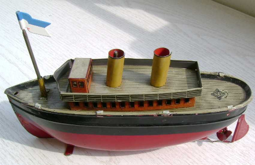 bing 155/332 tin toy ocean liner two chimneys with clockwork