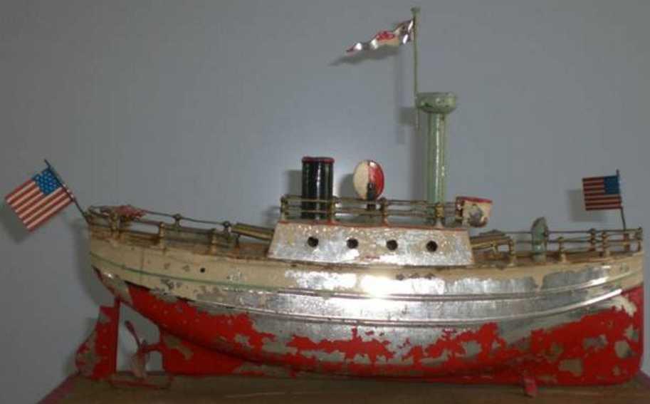 Carette Kriegsschiff mit Uhrwerk und Flaggen