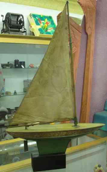 Chein Co. 1500 Segelschiff Peggy Jane
