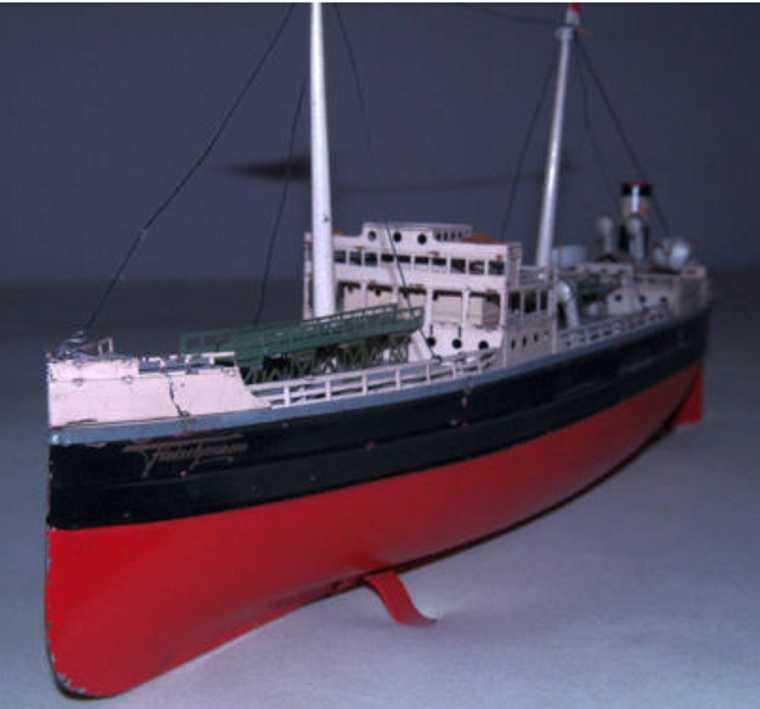 fleischmann 855 tin toy ship esso tanker