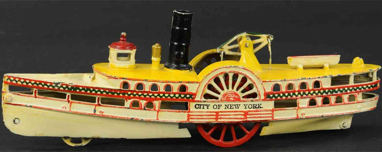 harris toy co 66 cast iron toy ship steamboat city of new york cast side wheels