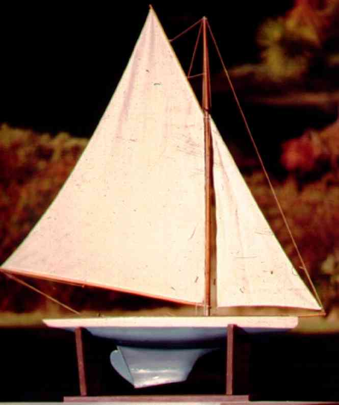 Ives 81 Jib and Mainsail type Model Yacht