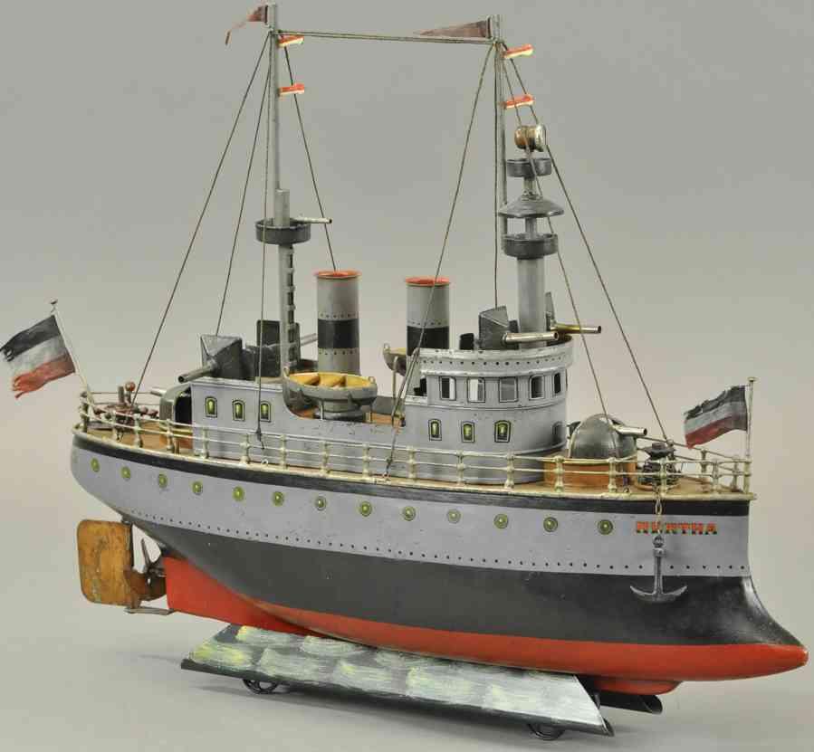 maerklin blech spielzeug kriegsschiff hertha zwei kamine