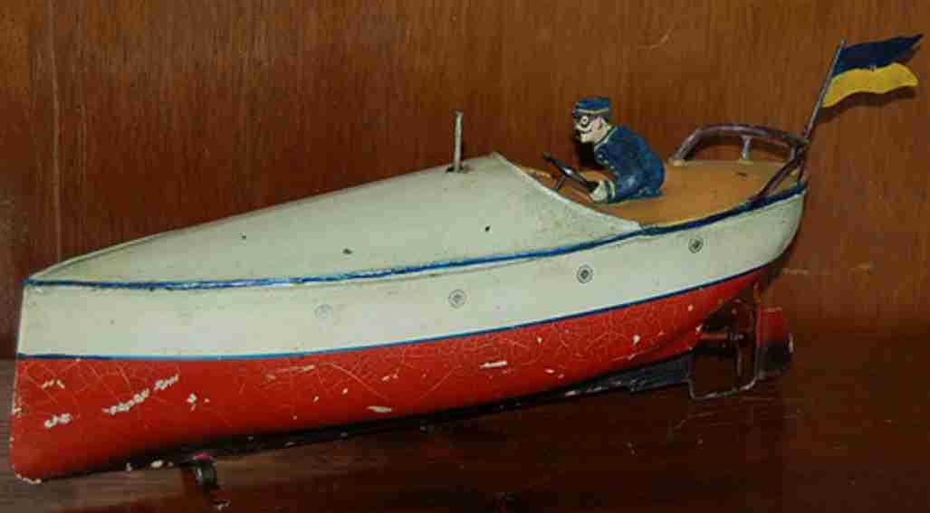 Schnellboot mit Doppelschraubenantrieb