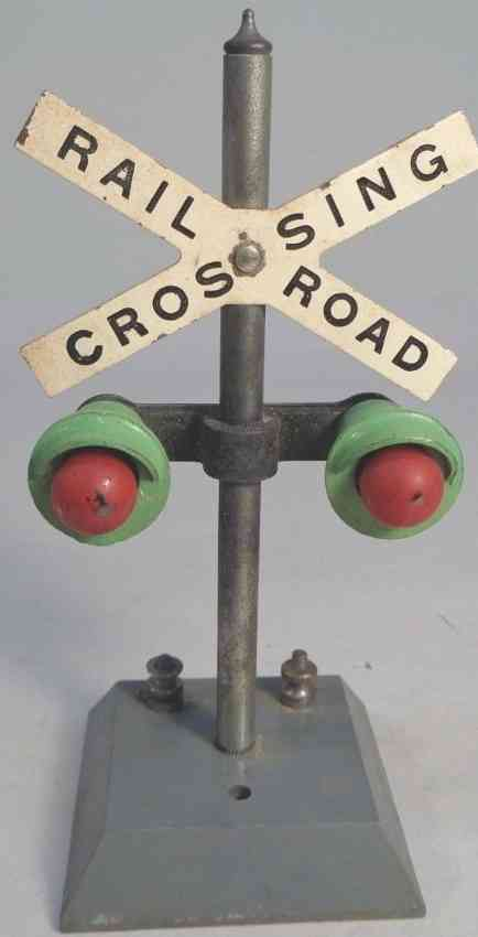 american flyer toy company 760 railway toy highway flahser railroad crossing