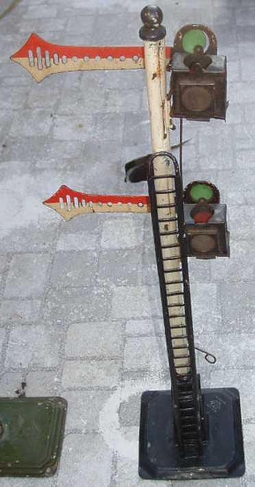 bing 10/663 spielzeug eisenbahn signal 2-flügeliges hauptsignal auf vierecksockel