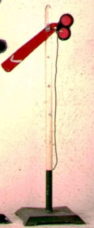 ives 107S (1920) spielzeug eisenbahn signal hauptsignal auf quadratischem sockel
