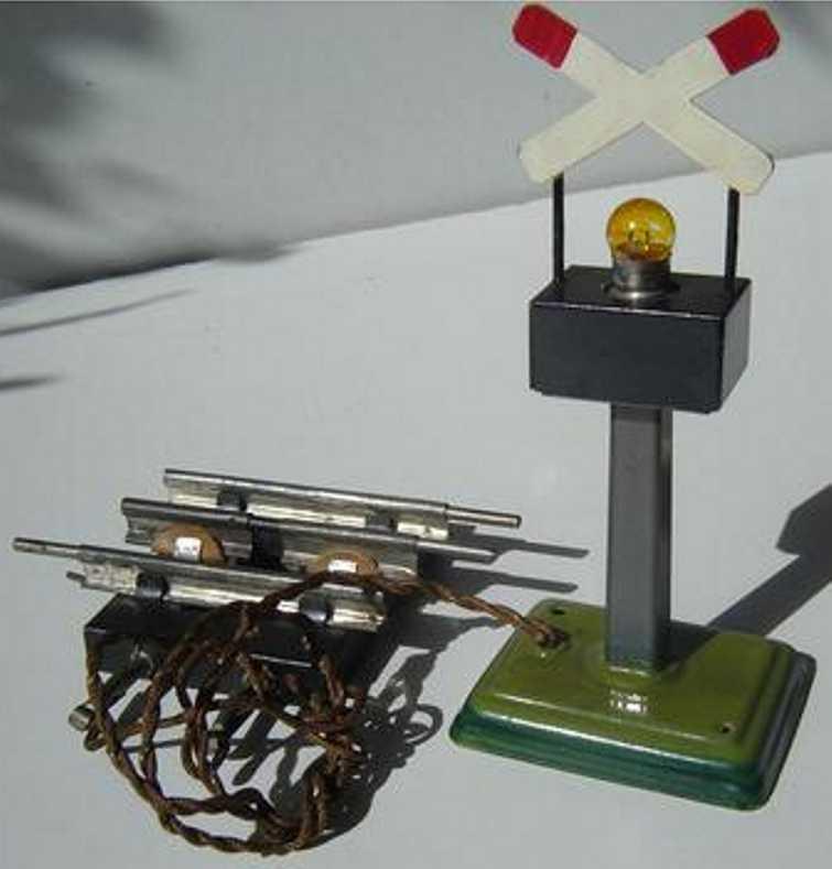 maerklin 13458 g spielzeug eisenbahn warnkreuz auf viereckigem sockel