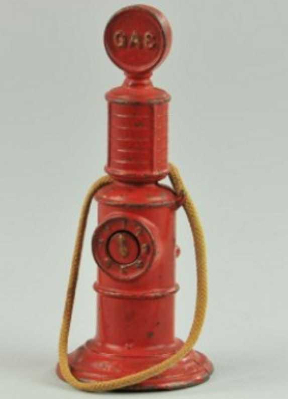 arcade 453 spielzeug gusseisen benzinpumpe rot