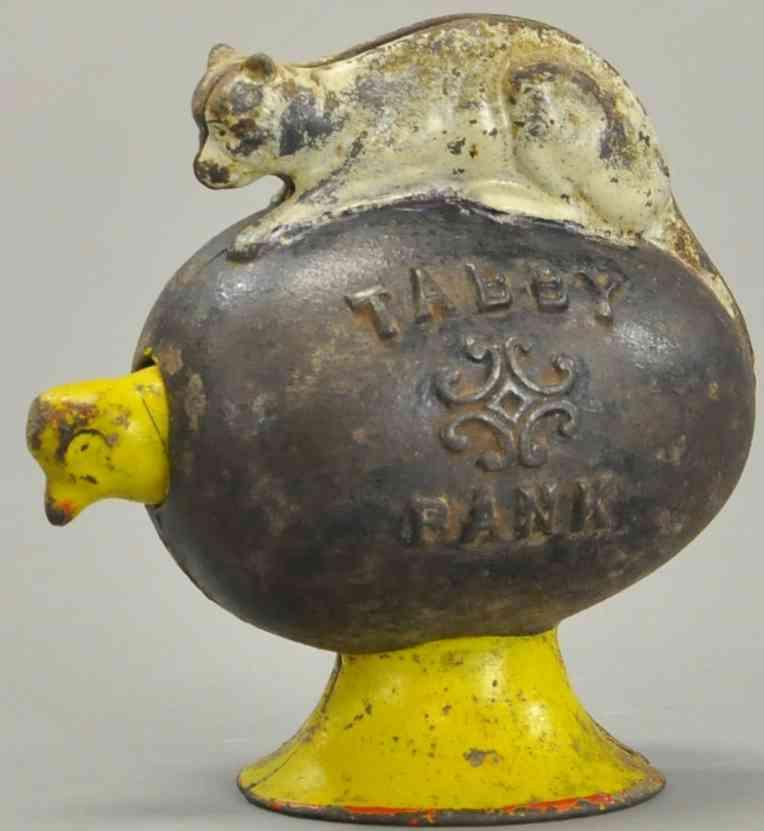 unknown Tabby spielzeug gusseisen spardose tigerkatze liegt auf einem ei mit einem kükenkopf, das ei is