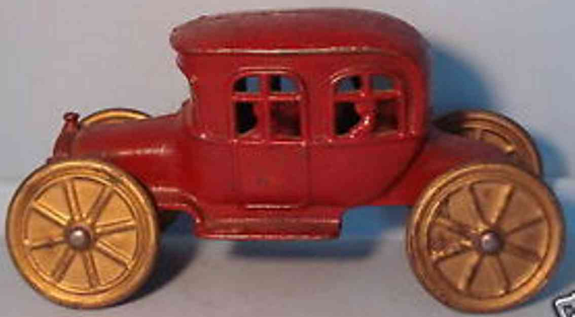 williams ac cast iron toy four passenger auto bank red