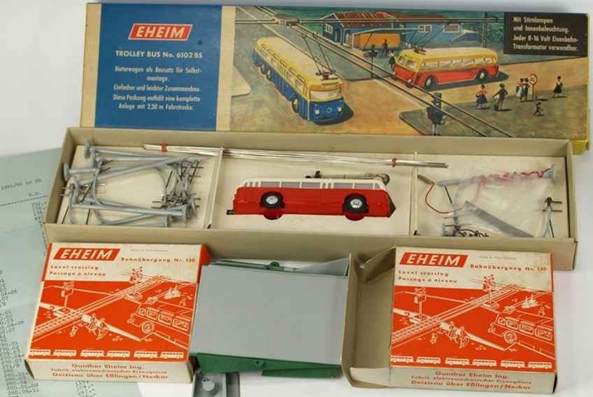 eheim 6102 BS tin toy tram trolley, bus and 2 crossings