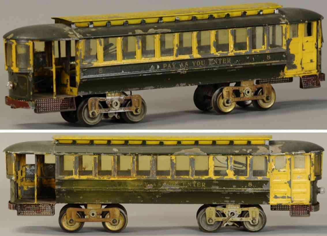 lionel 8 tin toy tram trolley green