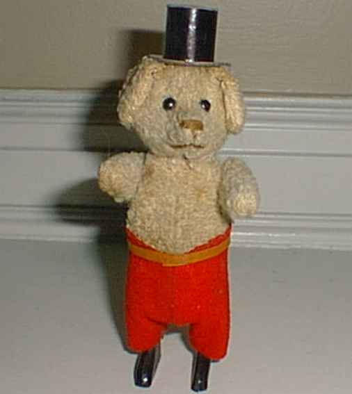 Schuco 927 Dance Figure Poodle
