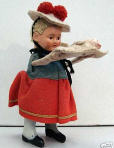 schuco 930 dance figure black forest woman with baby