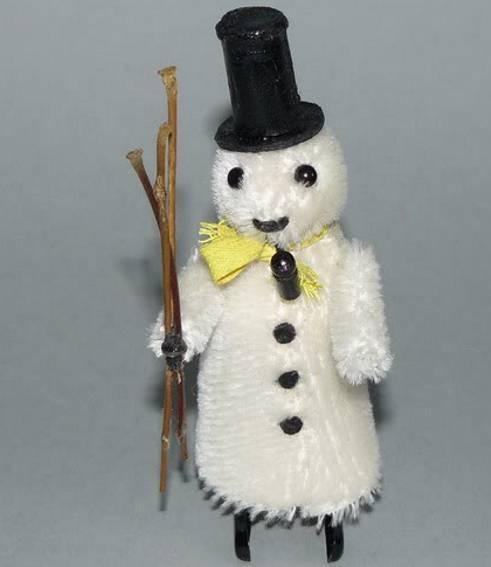 Schuco 954 bear Snowman