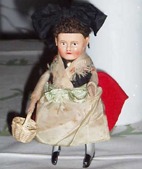schuco 979/8 dance figure black forest girl with basket